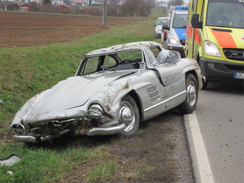 accident mercedes 300 sl